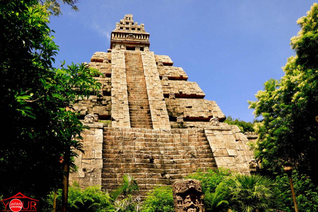 Tokyo DisneySea - Indiana Jones Temple of Crystal Skull